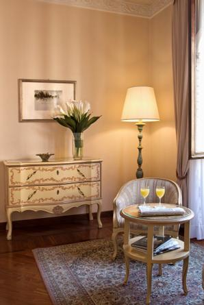 Hotel Pierre | Florence | Photo Gallery 02 - 13